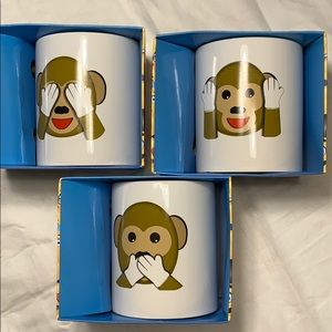 Emoji coffee mugs